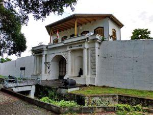 Kumpulan Bangunan Bersejarah Di Indonesia