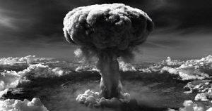Menaklukkan Jepang Dengan Menjatuhkan Bom Atom