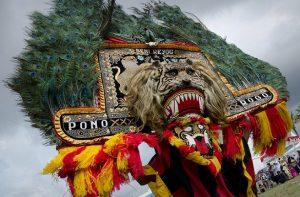 Pengenalan Budaya Indonesia Kebeberapa Negara Besar